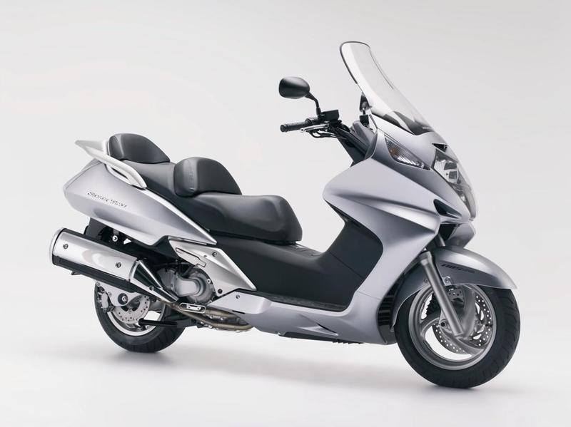 Silver Wing 600 01-07